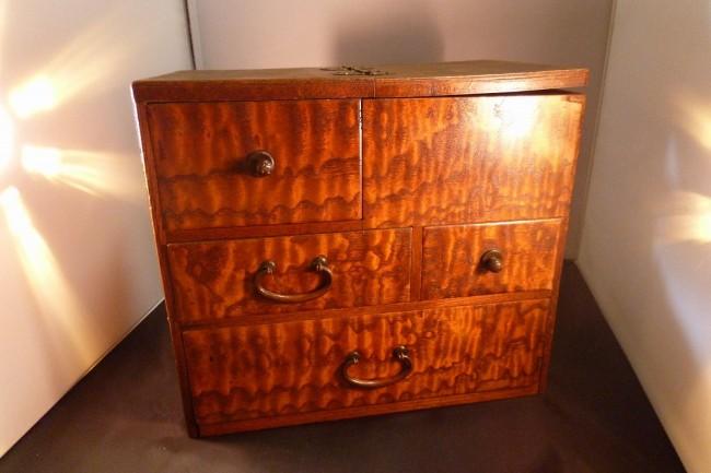 針箱・裁縫箱 |木製|古民芸|骨董|木目|糸巻き|赤胴針 2015-003